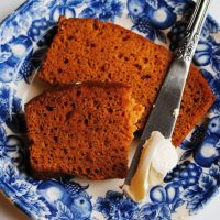 Pumpkin bread slices with cream cheese