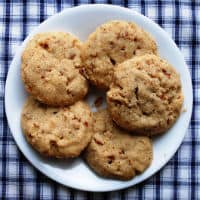 Caramel Pretzel Shortbread Cookies