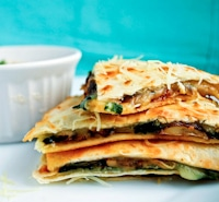 spinach quesadilla thumb