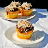 yellow-coconut-chocolate-cupcake-thumb1