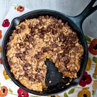 toffee-oatmeal-skillet-cookie-thumb