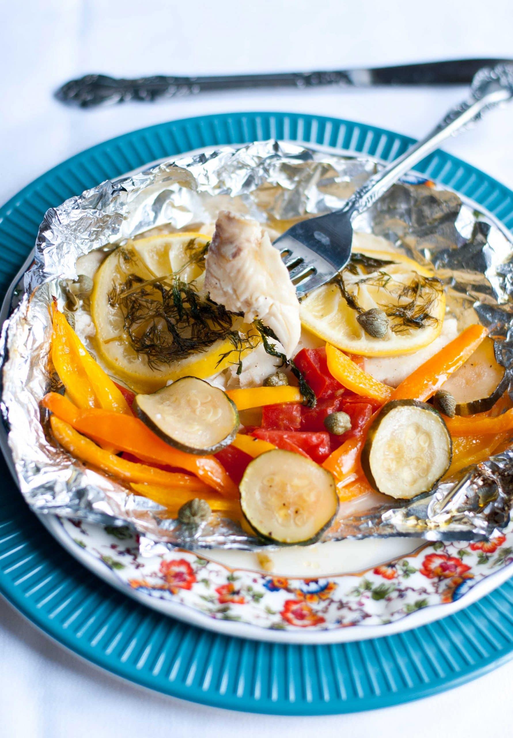 Grilled Lemon Tilapia in a Foil Packet | Neighborfoodblog.com