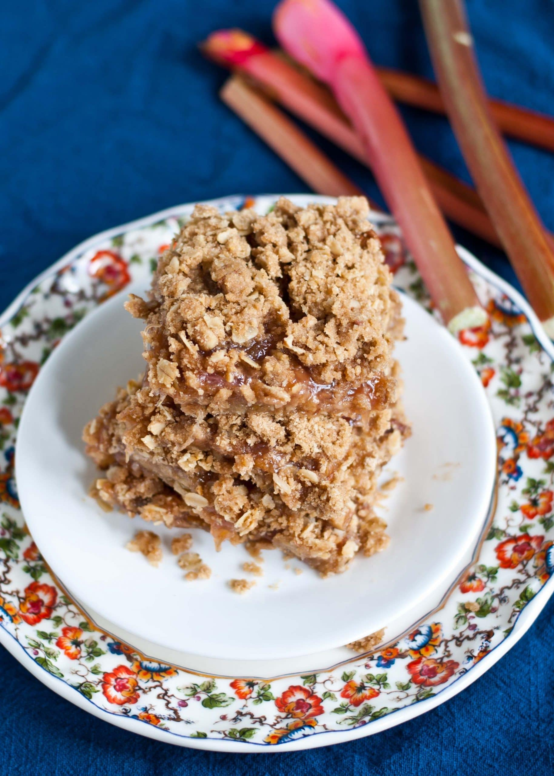 Oatmeal Rhubarb Crumble Bars | Neighborfoodblog.com