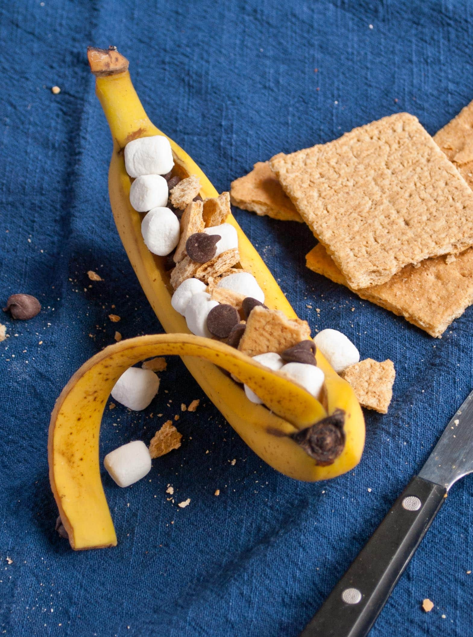 Grilled S'more Banana Packets | Neighborfoodblog.com
