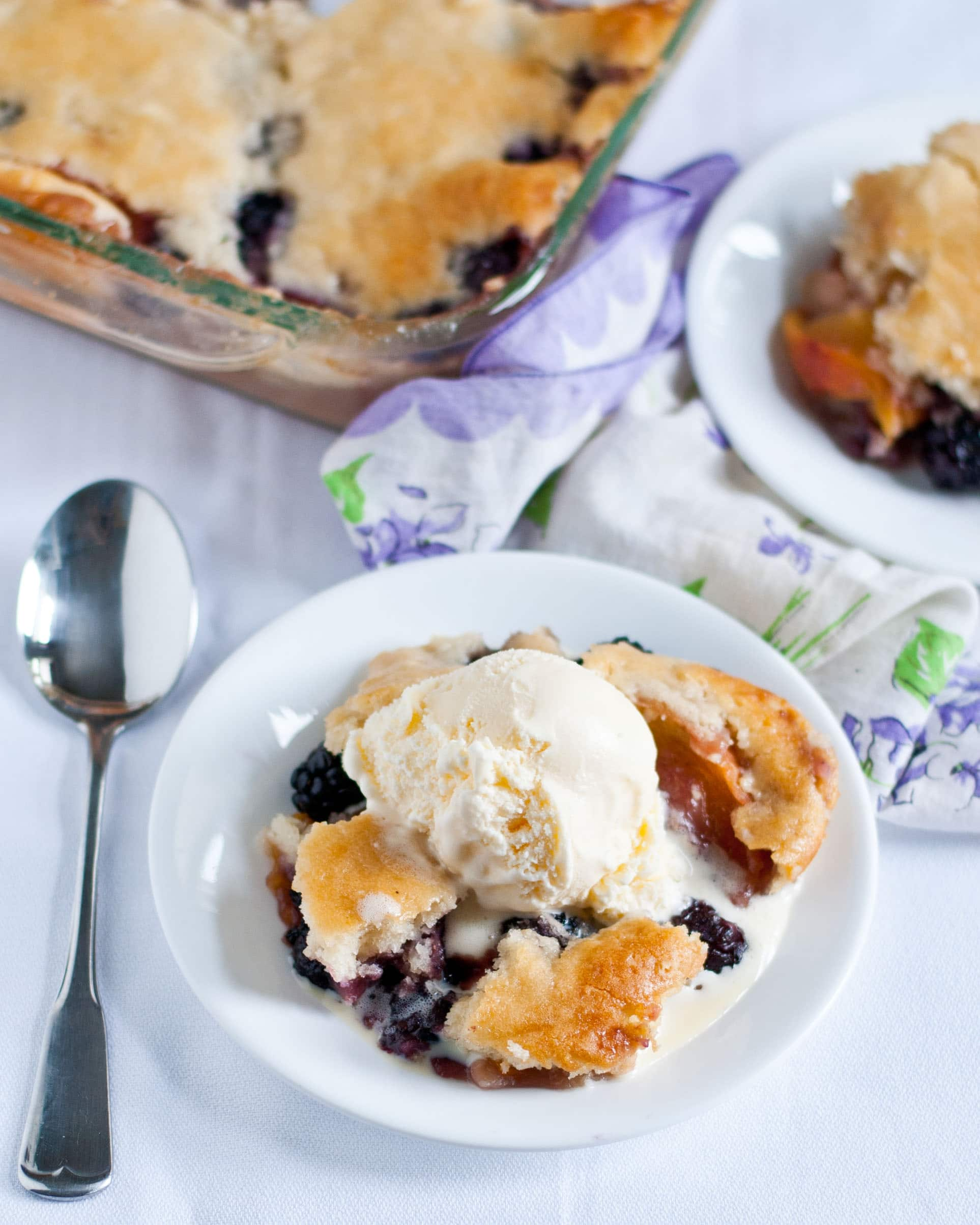 Blackberry Peach Cobbler | Neighborfoodblog.com