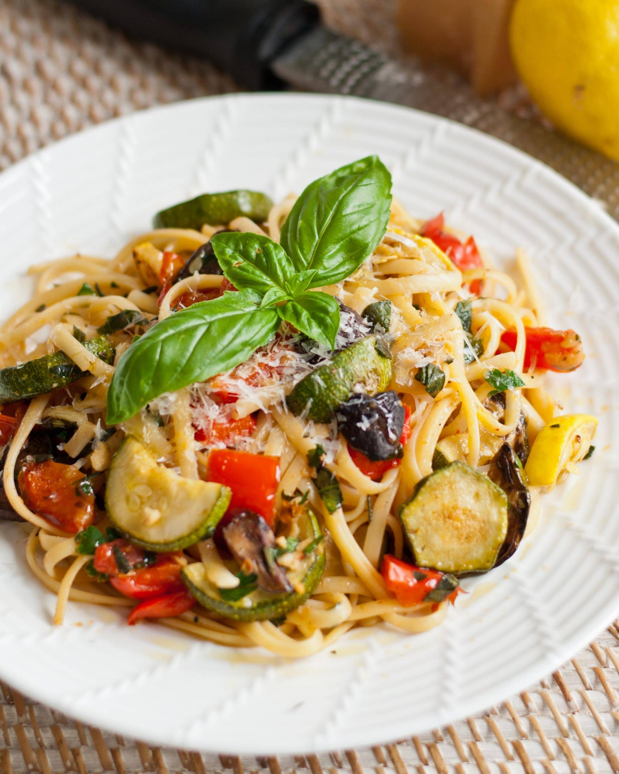 Lemony Summer Linguine with Grilled Vegetables | Neighborfoodblog.com