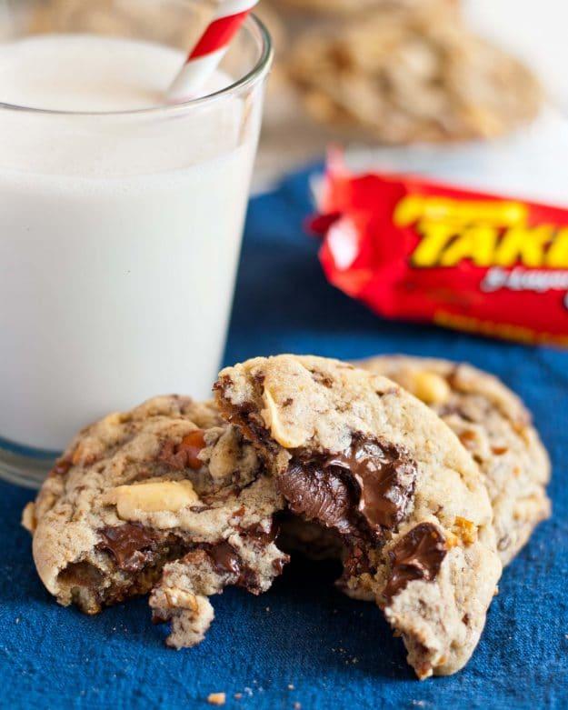 Take 5 Candy Bar Cookies | Neighborfoodblog.com