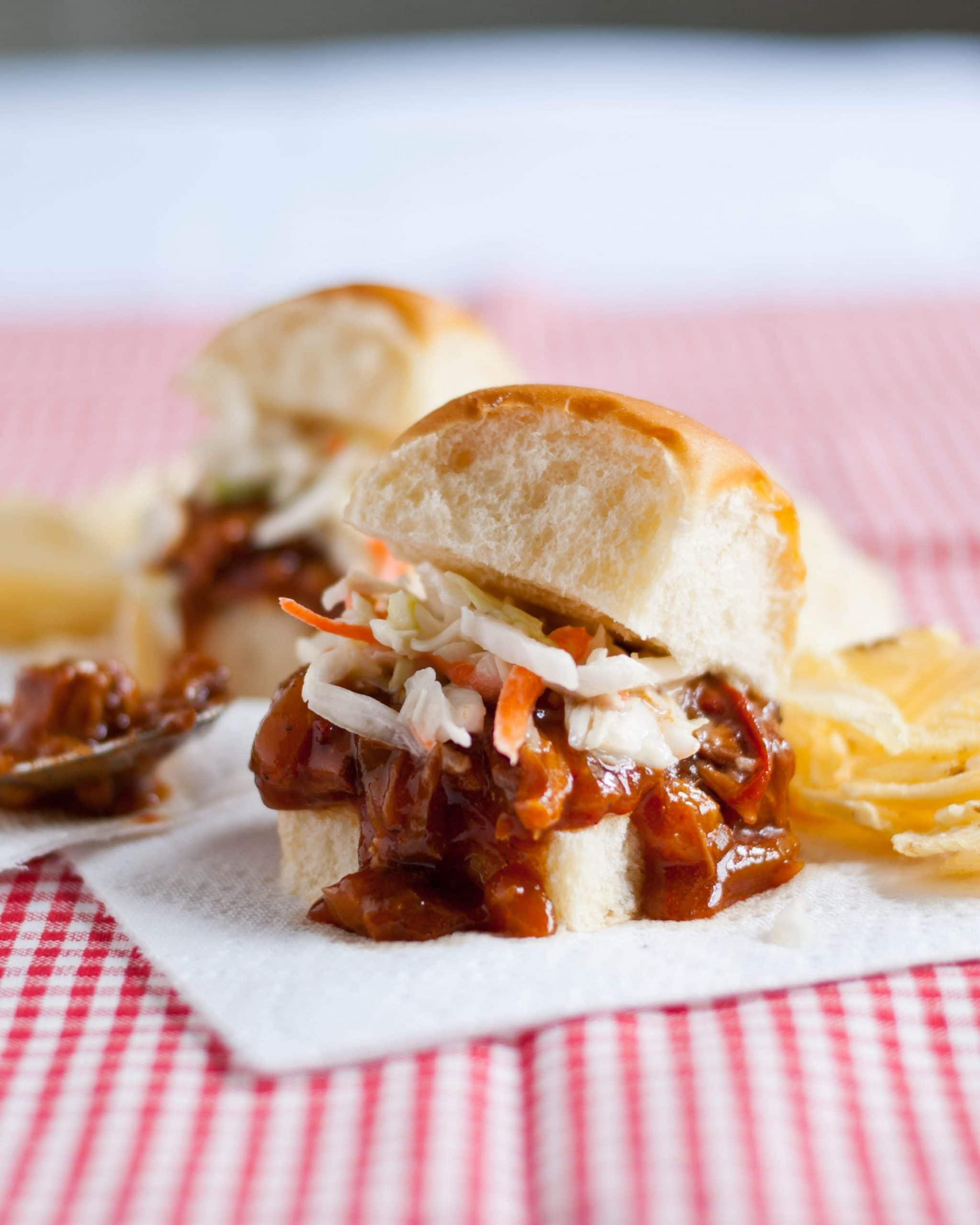 Slow Cooker Sweet and Spicy BBQ Pulled Pork Sandwiches | Neighborfood