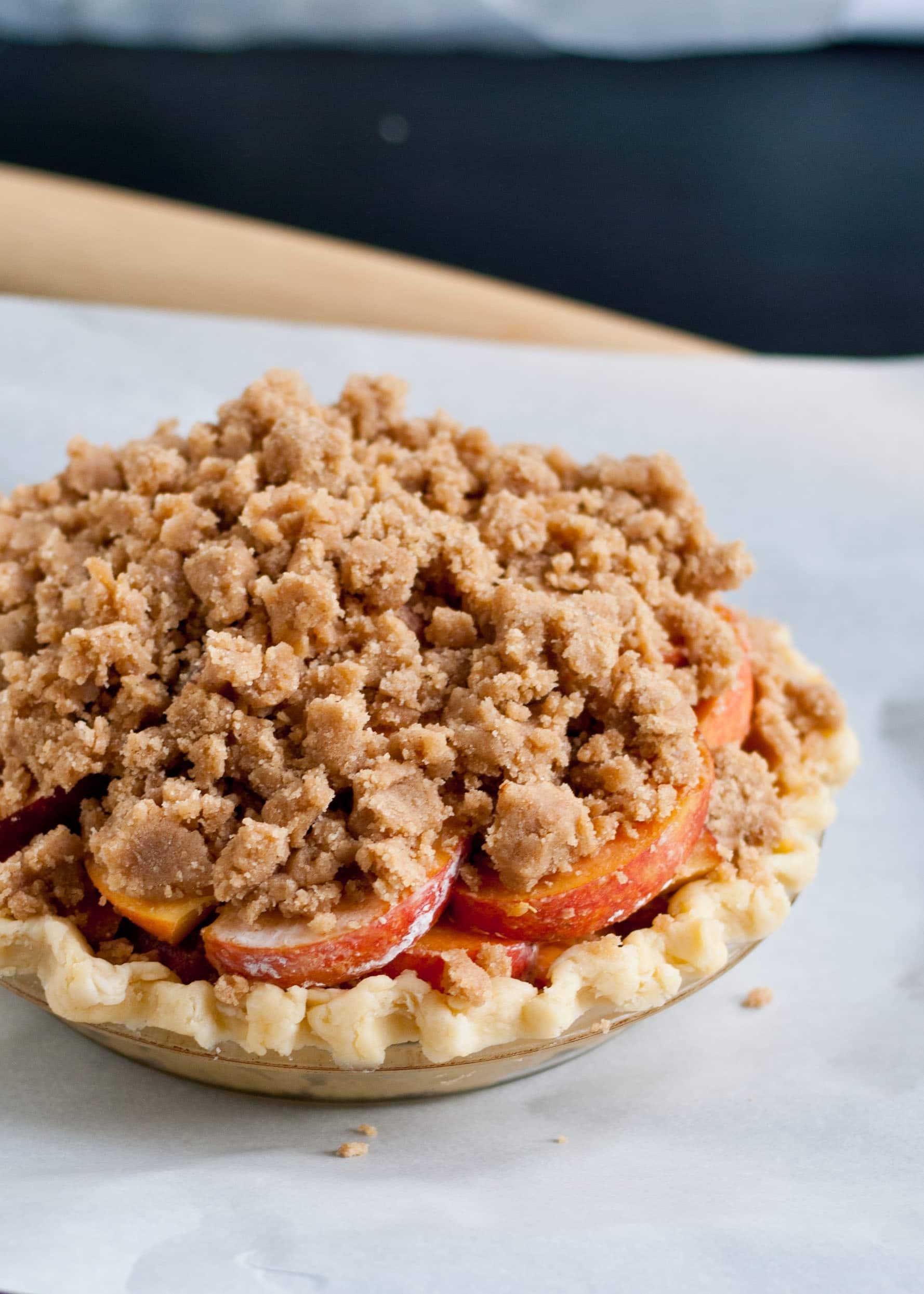Peach Crumb Pie | Neighborfoodblog.com