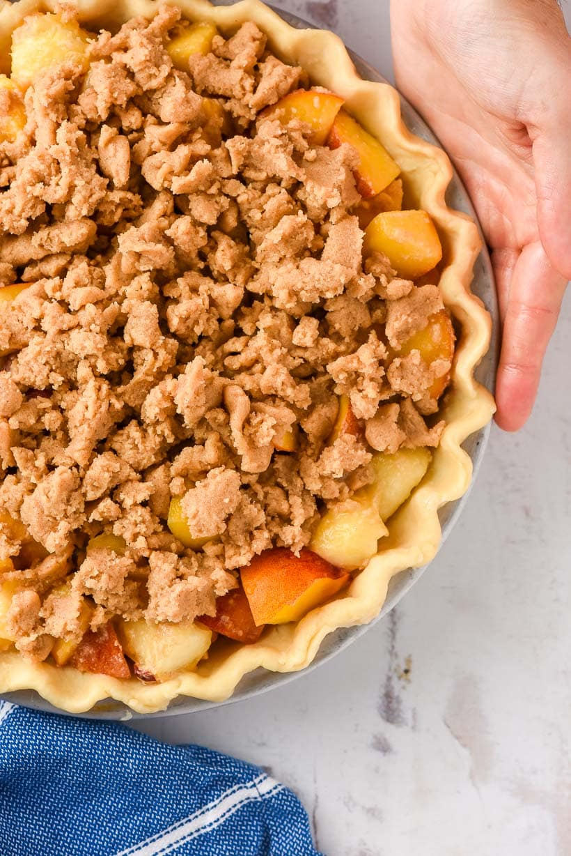 Unbaked Peach Pie with Crumb Topping