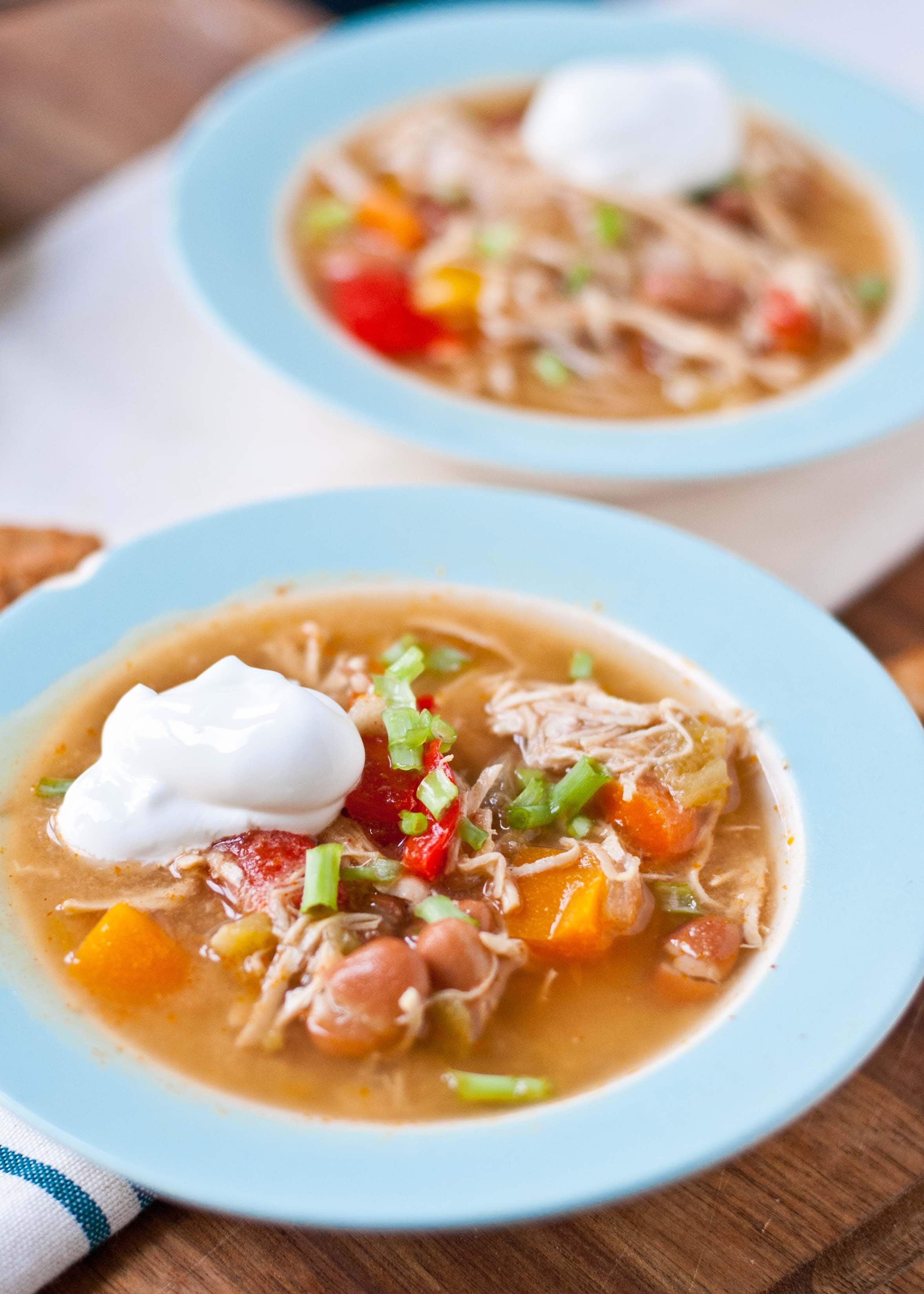 Warm, comforting Slow Cooker White Chicken Chili--an easy weeknight meal!