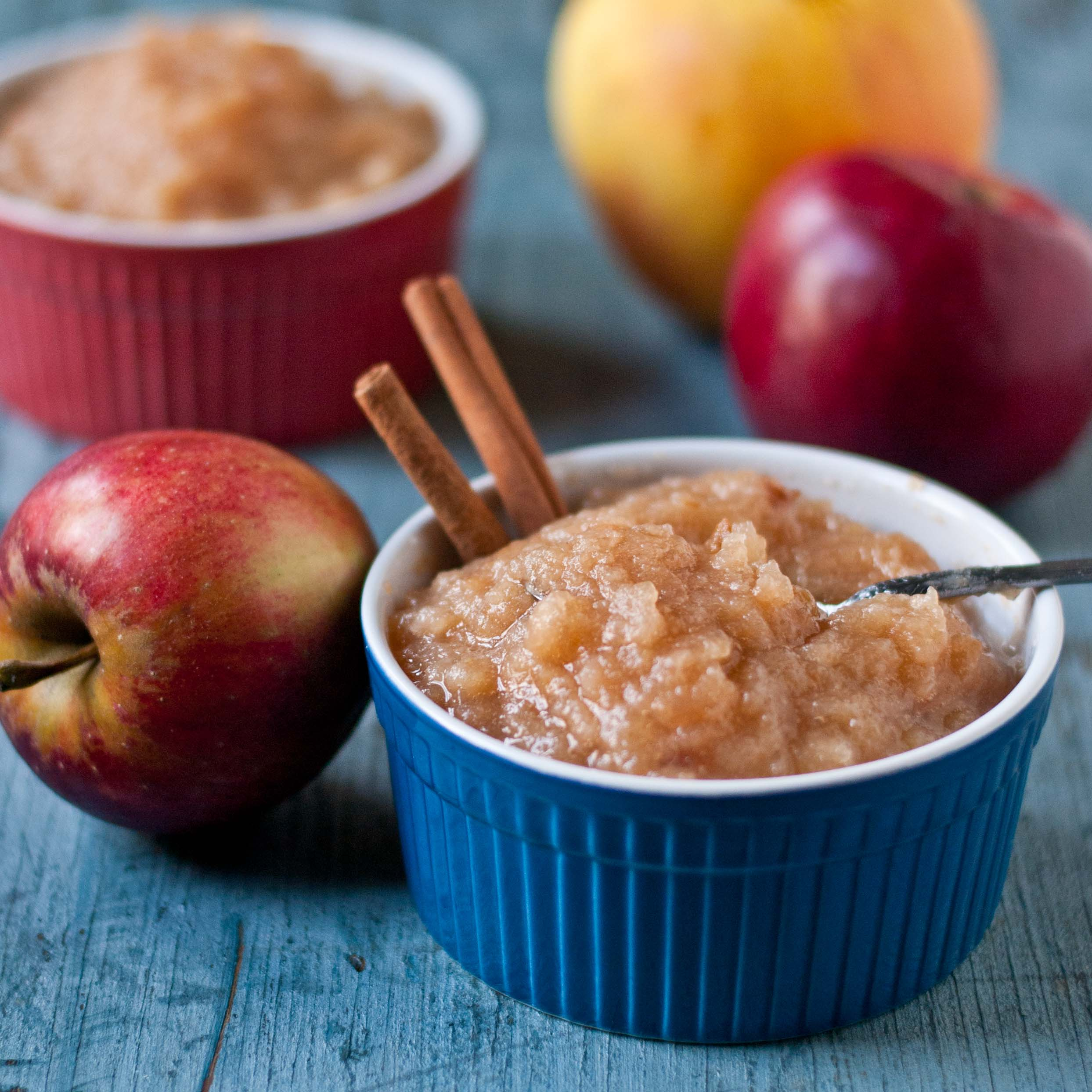 Crock Pot Applesauce | Neighborfoodblog.com