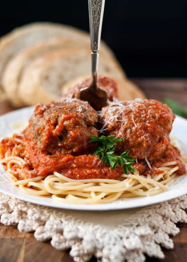 Classic Spaghetti and Meatballs | Neighborfoodblog.com