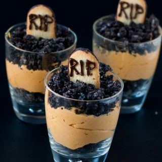 Pumpkin Dirt Pudding (Graveyard Parfaits)
