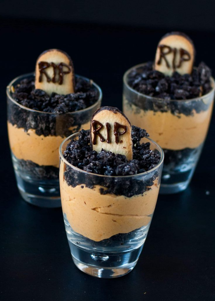 Pumpkin Dirt Pudding (Graveyard Parfaits)