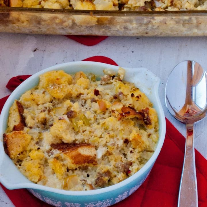 Cornbread, Sausage, and Apple Dressing (it's Gluten Free!)
