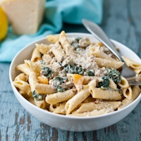 Creamy Parmesan, Sausage and Kale Pasta | NeighborFood