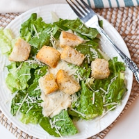Easy Caesar Salad with Homemade Croutons | Neighborfood