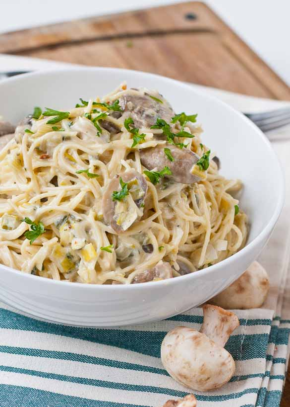 Creamy Parmesan Leek And Mushroom Pasta Neighborfood