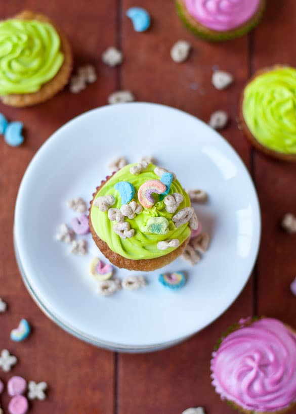 Lucky Charms Cupcakes with Green Marshmallow Frosting