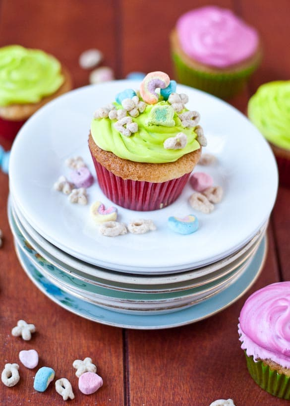 Lucky Charms Cupcakes with Marshmallow Frosting from Neighborfoodblog.com