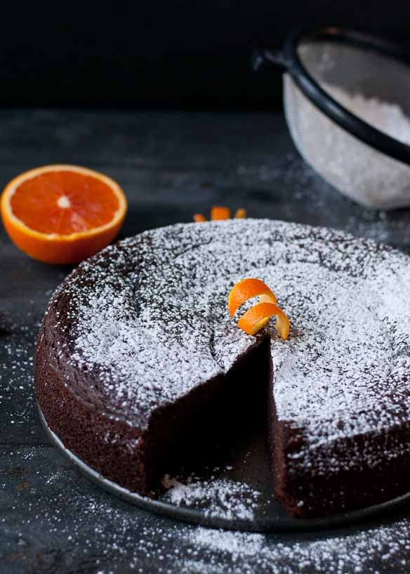 Flourless Chocolate Orange Cake | Neighborfoodblog.com #glutenfree