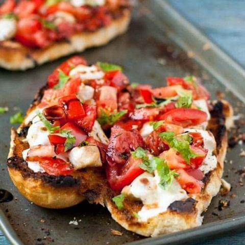Cheesy Chicken Bruschetta Bread Boats #WeekdaySupper