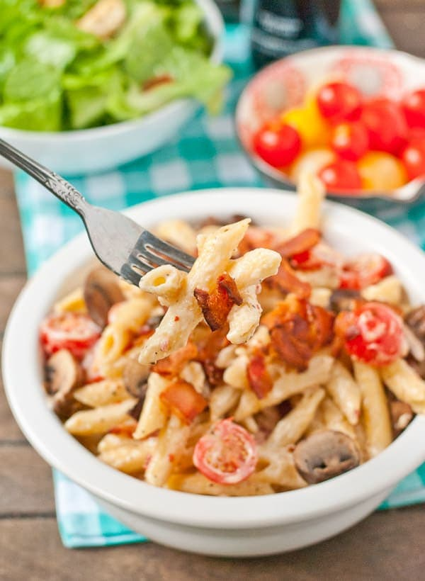 This Easy Creamy Italian Pasta can be made in under 30 minutes and customized to fit your tastes!