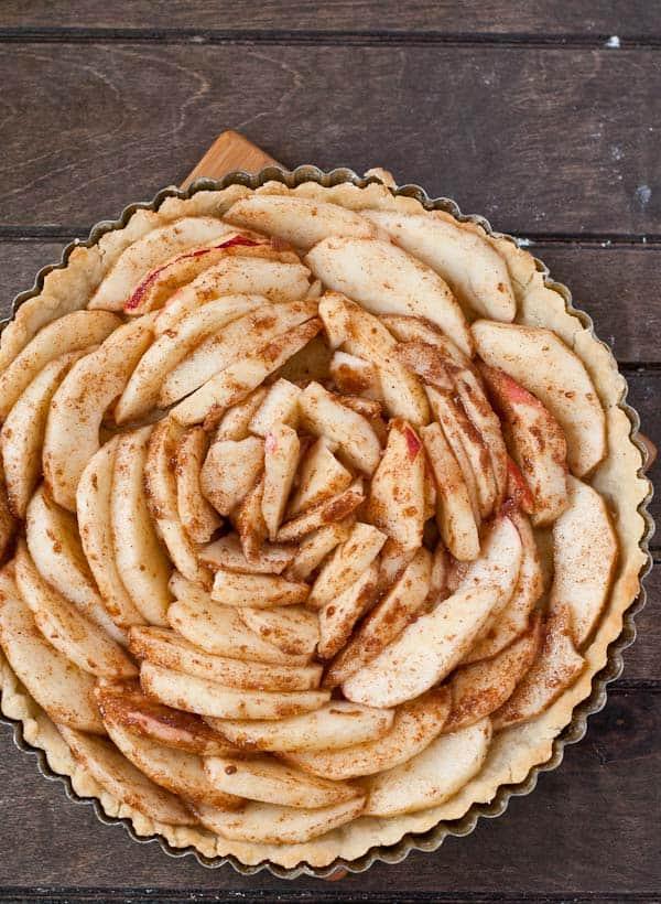 Salted Maple Caramel Apple Tart | NeighborFood