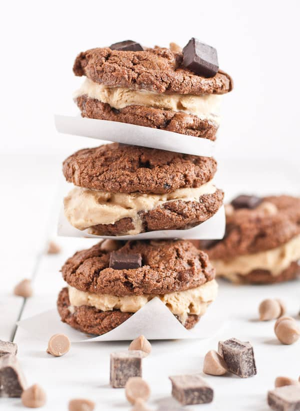 Chocolate Coffee Cookie Ice Cream Sandwiches | Neighborfoodblog.com
