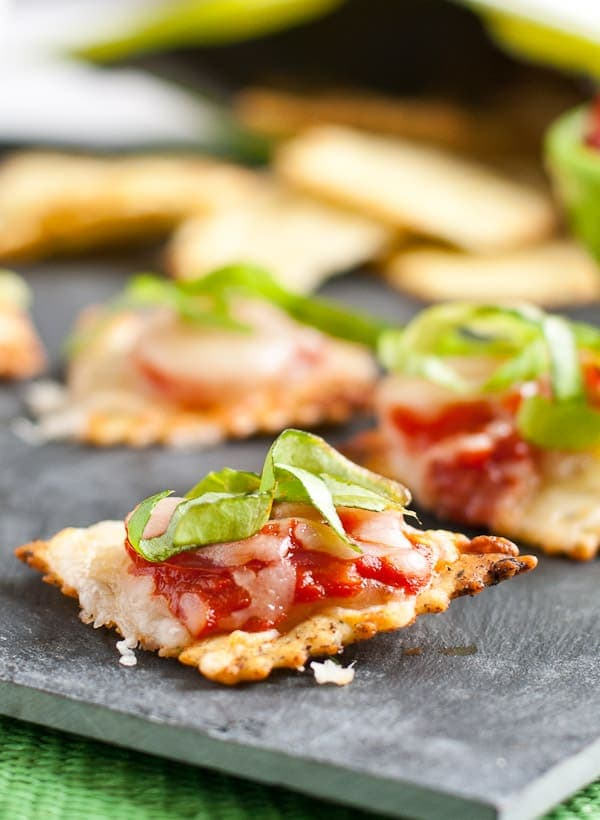 Mini Margherita Pizzas | NeighborFood
