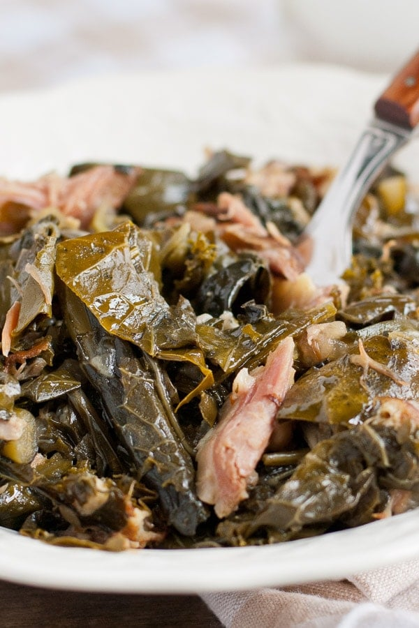 southern collard greens with smoked ham hocks