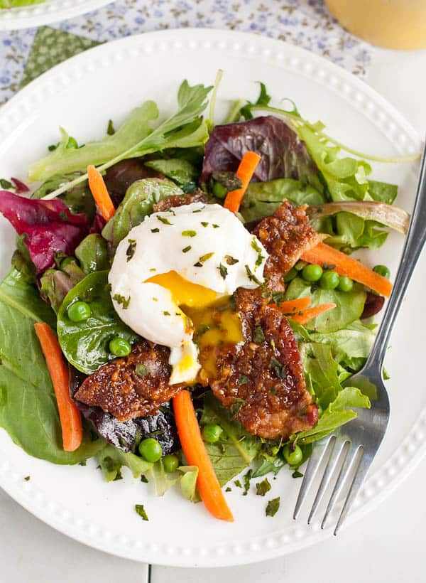 Spring Brunch Salad with Caramelized Bacon | NeighborFood