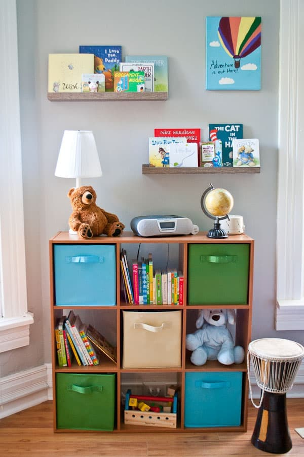 DIY Nursery Reading Nook | NeighborFood