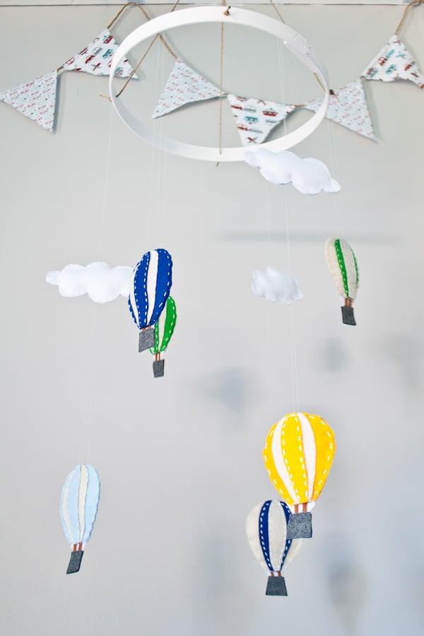 DIY Homemade Hot Air Balloon Mobile | NeighborFood
