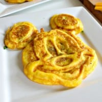 rp_Mickey-Mouse-Egg-Omelettes-3-071715.jpg