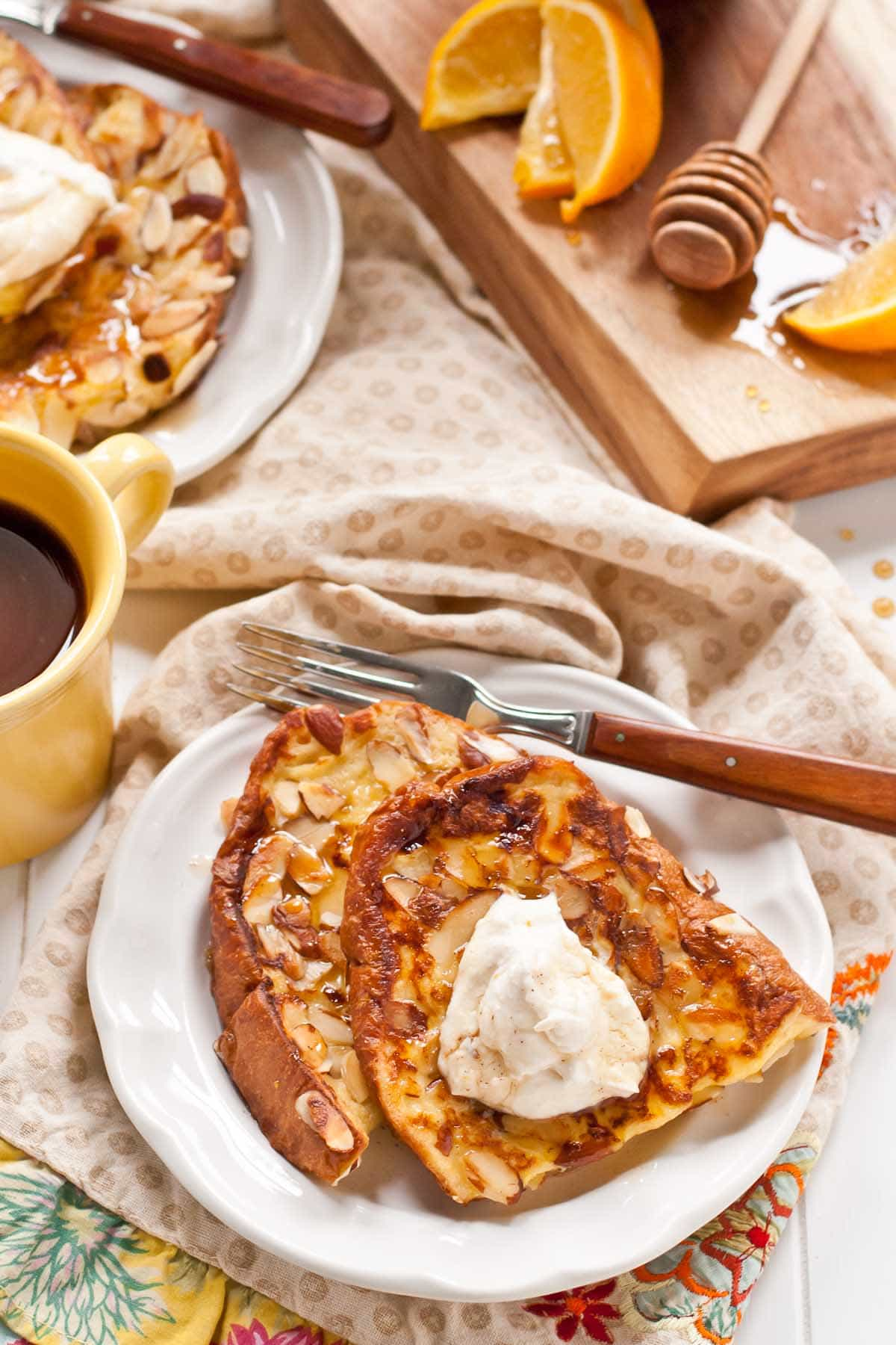 Make this Almond Crusted French Toast with Ricotta and Honey for Christmas morning breakfast!