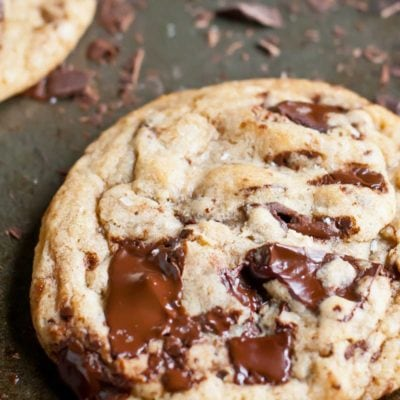 You can make big, glorious Bakery Style Chocolate Chunk Cookies in the comfort of your own home with this killer recipe!