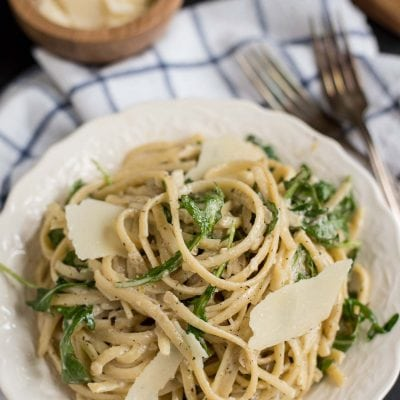 This Creamy Parmesan Lemon Linguine with Arugula is a quick, comforting pasta meal.