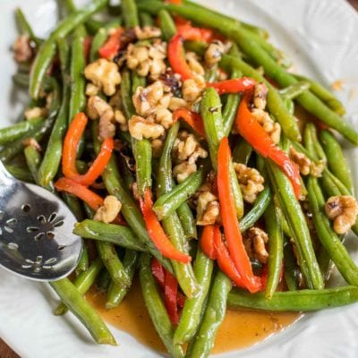 These Honey Green Beans with Red Pepper and Walnuts are a 10 minute side dish for busy weeknights!