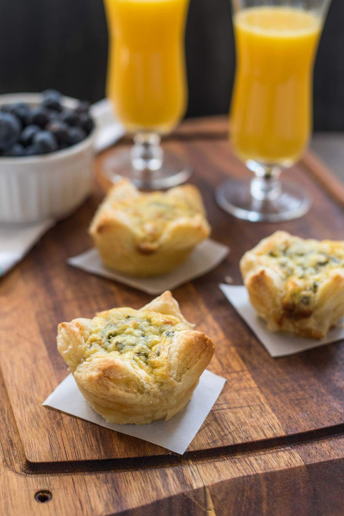 These Spinach Artichoke Egg Tarts are so lovely and delicious and are made with only 5 ingredients!