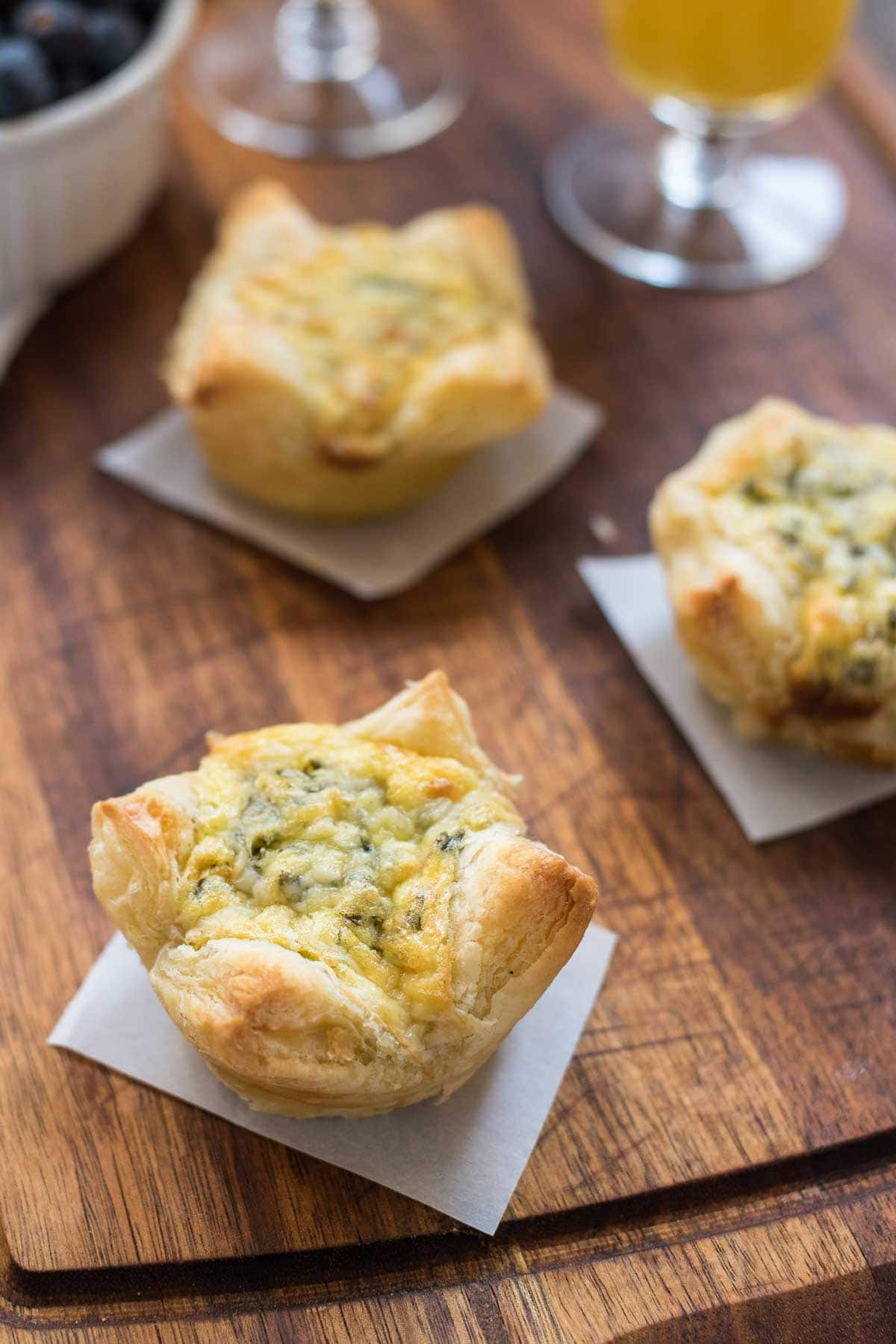 These Easy 5 Ingredient Spinach Artichoke Egg Tarts are perfect for spring showers and brunches!
