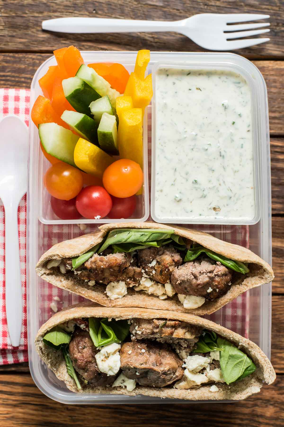 This Mediterranean Meatball Pita Sandwich is perfect for back to school lunches and weeknight dinners!