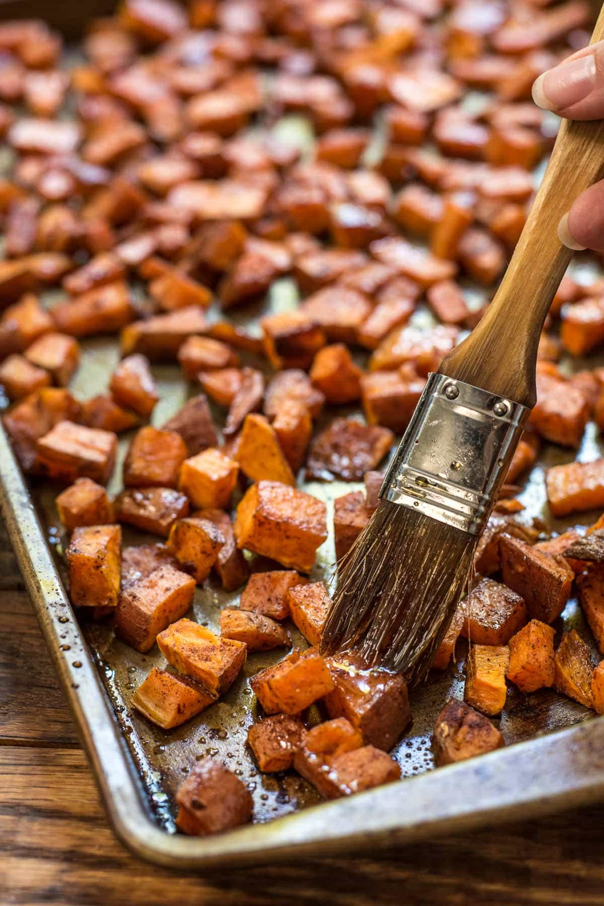These Maple Roasted Sweet Potatoes are the easy side dish you'll want ...