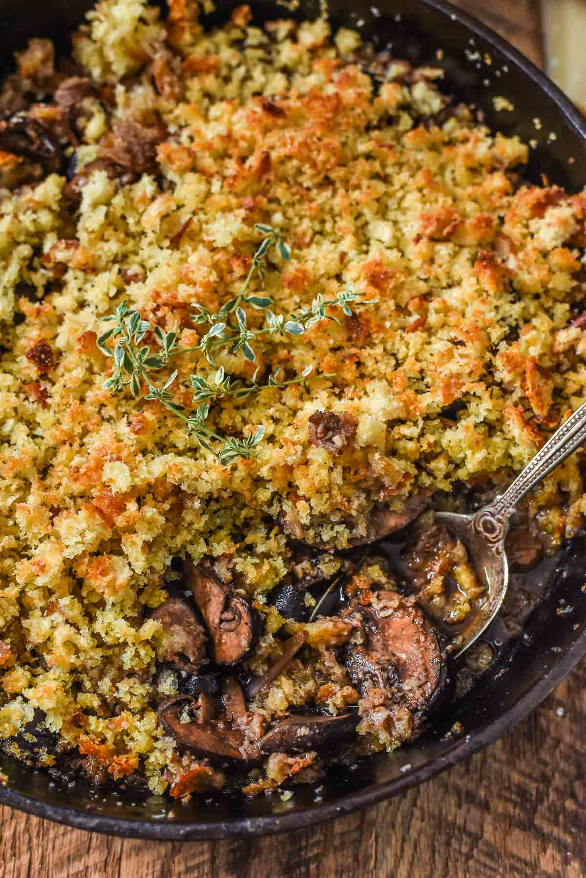 Baked Mushrooms with Red Wine and Parmesan Crumbs