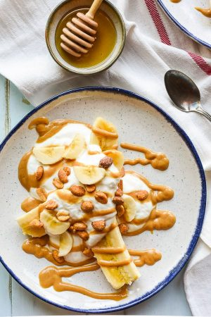 Get a healthy, fun breakfast on the table in five minutes with these Peanut Butter Breakfast Banana Splits!