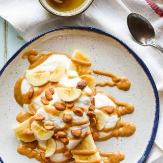 Honey Peanut Butter Breakfast Banana Splits