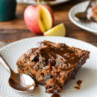 Chewy Spiced Apple Cake