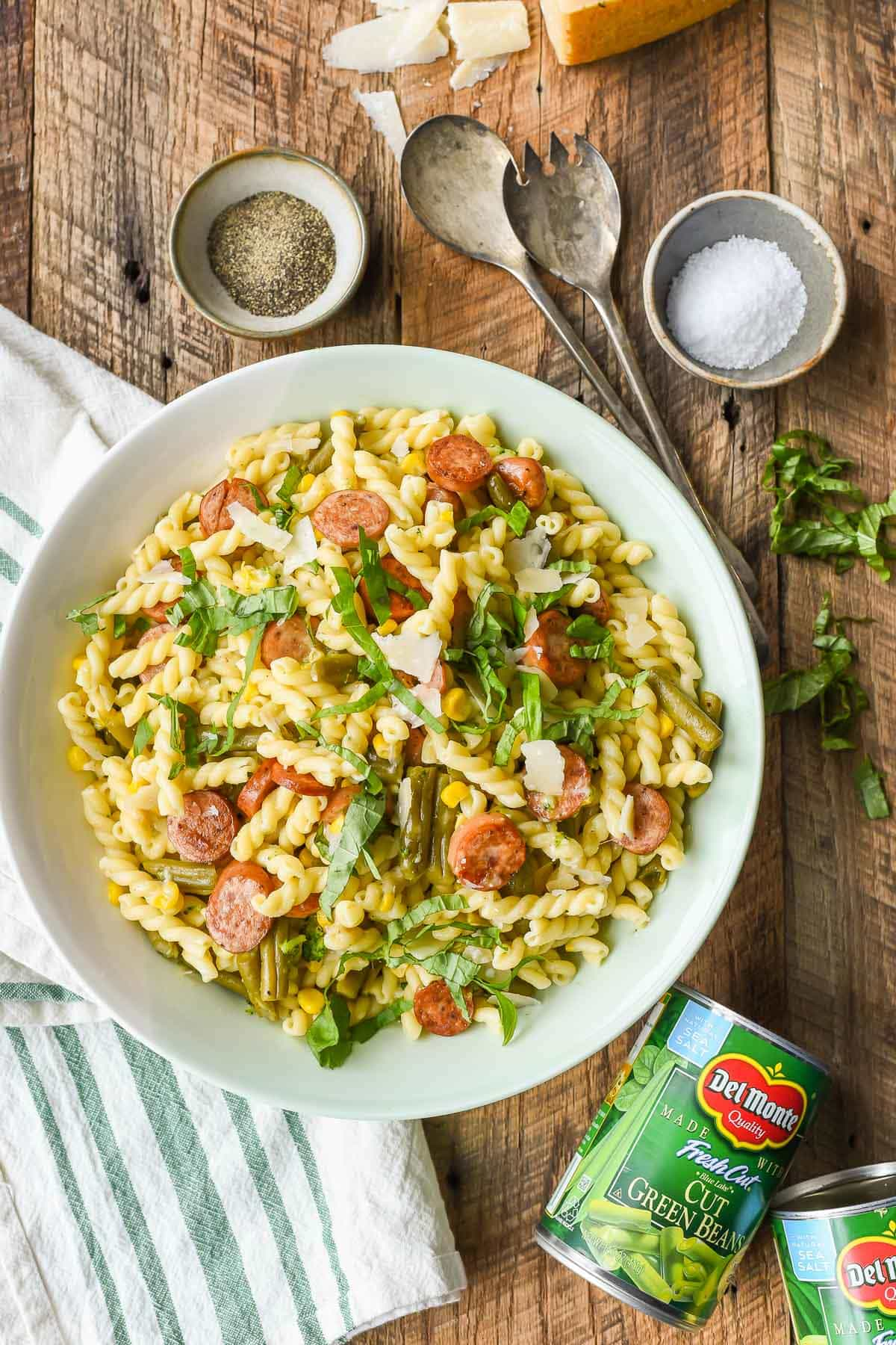 Made in under 30 minutes, this Easy Parmesan Pasta is loaded with chicken sausage and veggies.