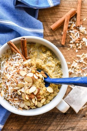 These Chai Spiced Quinoa Breakfast Bowls are a healthy breakfast option for cold winter mornings.